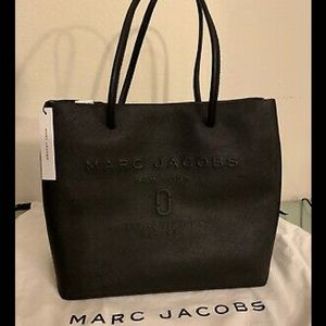 Marc Jacobs Tote and wallet set